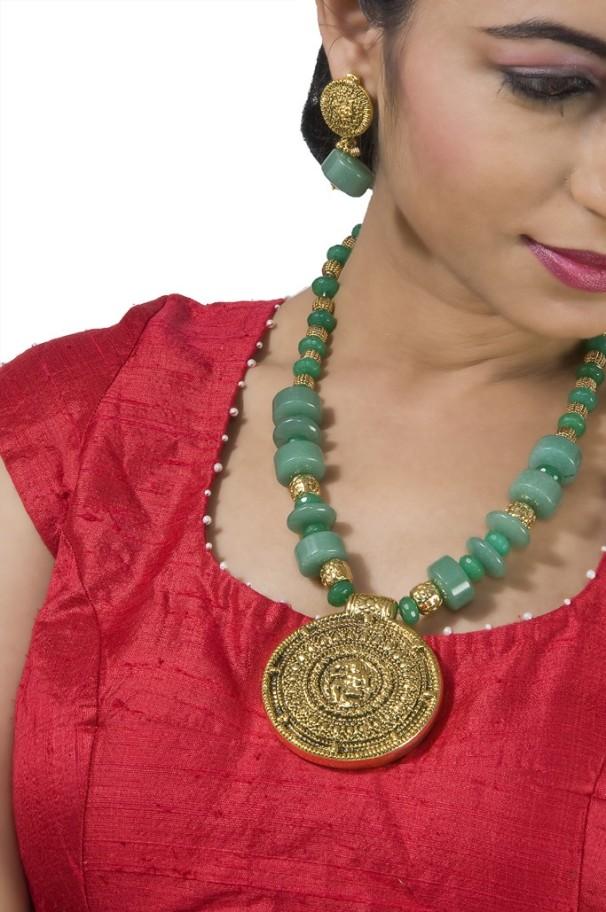 Buy Festive Set & Designer jewelry Online @ Angarkh